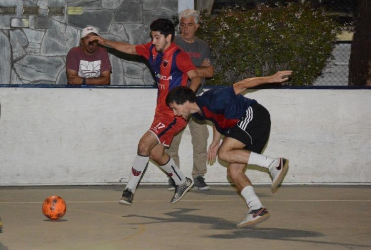 Clásico entre Andes Talleres y el Club Mendoza de Regatas. (Foto: Andrés Arequipa).